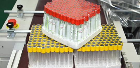 固尔琦自动封切热收缩机应用于采血管包膜